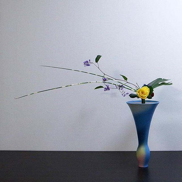 立花新風体 バラ、縞ふとい、モンステラ、他