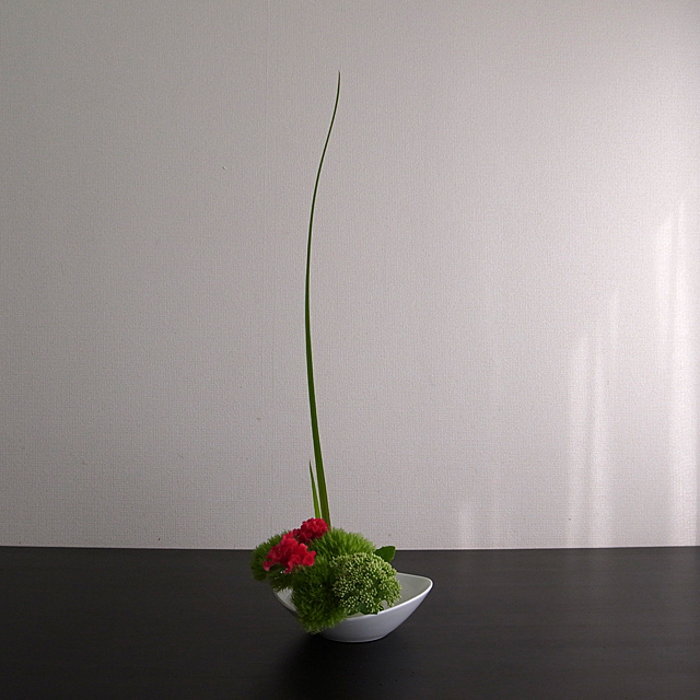 自由花 ナデシコ グリーントリュフ、鶏頭、セダム、燕子花
