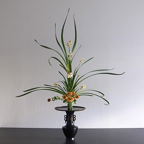 古典立花 水仙、菊、著莪