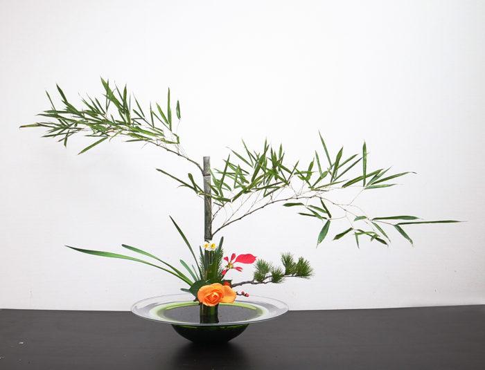 立花正風体 竹、水仙、ばら、ポインセチア、松、若松、木瓜、寒菊